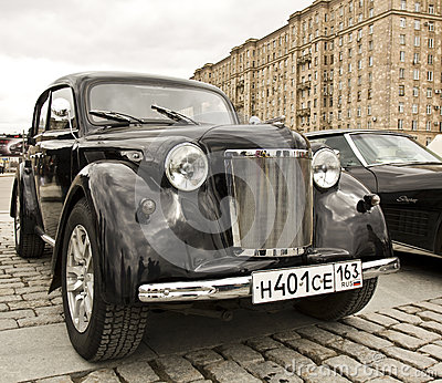 Carro retro Moskvich do russo Foto Editorial