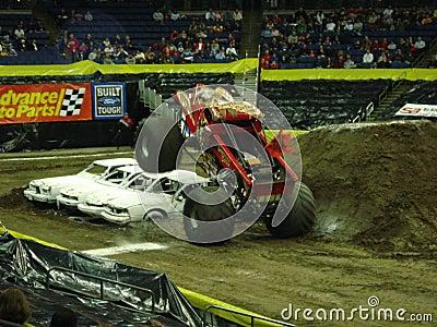 Carros de monstruo Imagen editorial