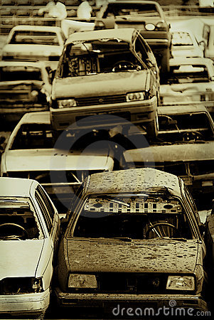Carros no junkyard