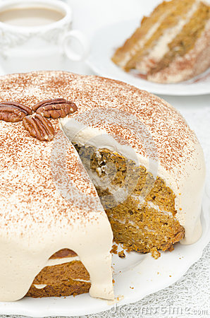 Free Carrots And Pumpkin Cake With Coffee Cream In A Cut Stock Photos - 30334103