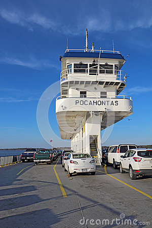 Free Cars And Bridge Of The Jamestown-Scotland Ferry Boat Pocahontas Stock Images - 91519694