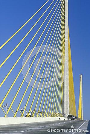 Free Cars Driving On Sunshine Skyway Bridge Stock Photography - 23148392
