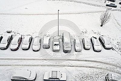 Cars snowbound
