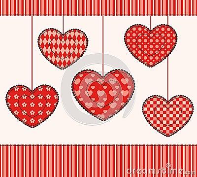 Cartão com corações dos retalhos.