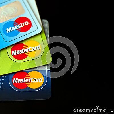 Cartões de crédito de Mastercard Fotografia Editorial