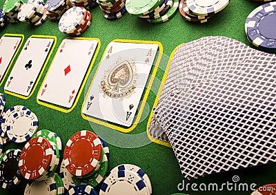 Cartes de jeu dans le casino