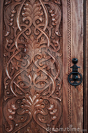 Free Carved Door Royalty Free Stock Photo - 9379575