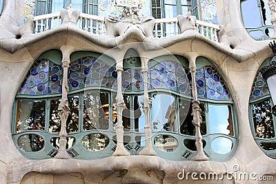 Casa battlo art nouveau building in barcelona stock - Art deco barcelona ...