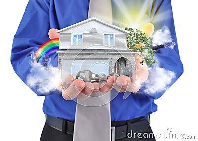 Casa de las propiedades inmobiliarias en manos