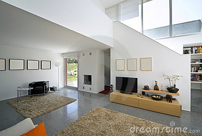 Casa moderna interior del ladrillo foto de archivo for Casas modernas ladrillo