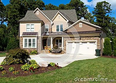 Casa suburbana dell alta società