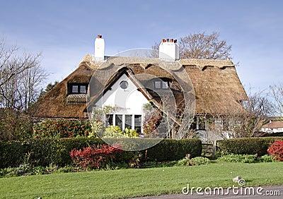 Casas inglesas tradicionais da vila imagens de stock imagem 5856444 - Imagenes de casas inglesas ...
