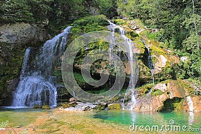 Cascada de Wirje, Julian Alps, Eslovenia