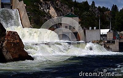 Cascade Dam 4