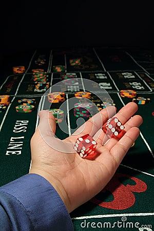 Cuanto vale la j q k en el blackjack