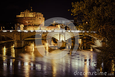 Castel di angelo by night