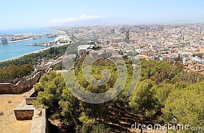 Castelo de gibralfaro e vista a rea de malaga na andaluzia espanha - Fotografia aerea malaga ...
