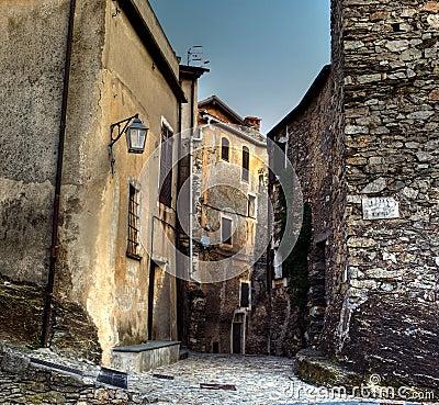 Castelvecchio di rocca barbena (savona)ital