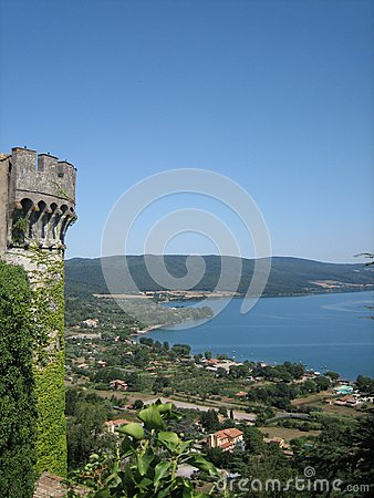 Free Castle And Lake Of Bracciano Royalty Free Stock Photography - 64466137