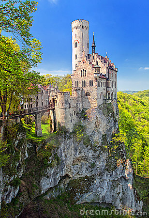 Free Castle Lichtenstein, Germany Royalty Free Stock Photography - 21339377