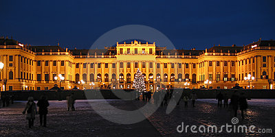 Castle Schoenbrunn by night - Wien / Vienna