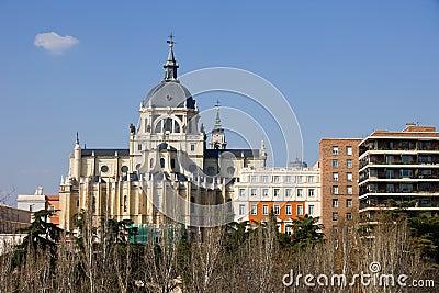 Catedral de Almudena em Madrid