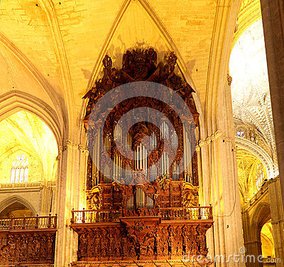 Catedral interior de sevilla catedral de st mary del ver andaluc a espa a foto de archivo - Catedral de sevilla interior ...