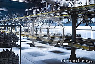 Catena di montaggio industriale