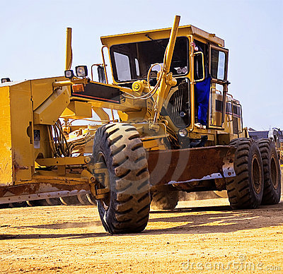 Free Caterpillar 140H - Turning Royalty Free Stock Image - 5950926