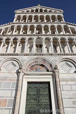 Free Cathedral Of Pisa In Miracles Square Royalty Free Stock Photography - 47253467
