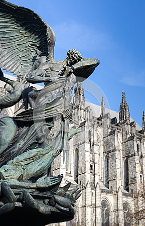 Free Cathedral Of St. John The Divine, Freedom Statue. Stock Photo - 37218220
