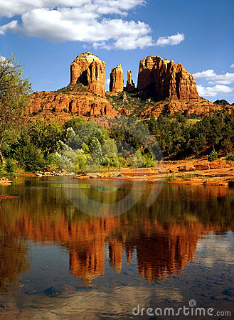 Free Cathedral Rock Royalty Free Stock Photos - 5991298