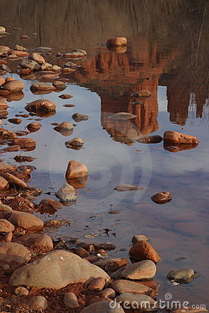 Free Cathedral Rock Reflection Stock Photography - 1111872