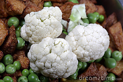 Cauliflower and peas