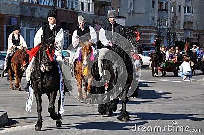 Cavallerizzi orientali del villaggio Immagine Editoriale