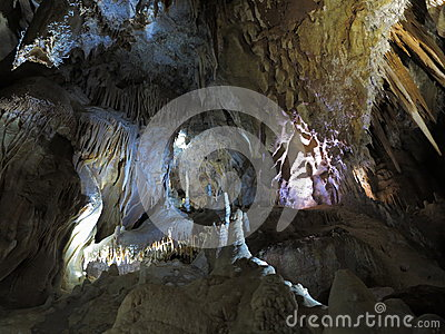 Cave formation with rare Helictites