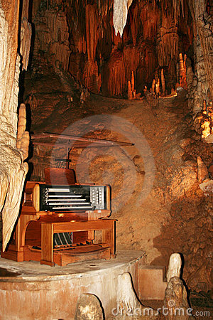 Cavern Organ