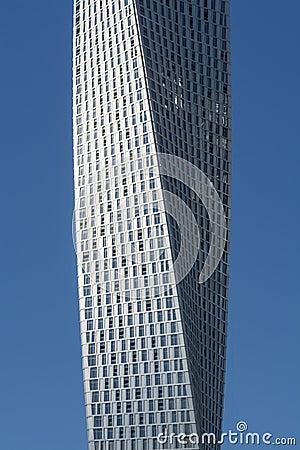 Free Cayan Tower Dubai Royalty Free Stock Image - 35475046