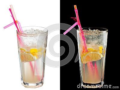 Cóctel alcohólico frío
