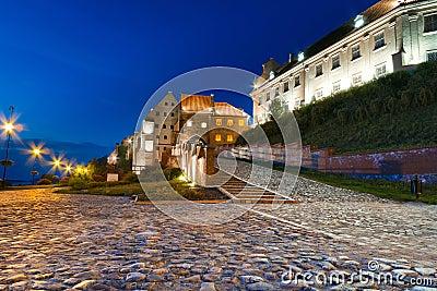 Celeiro em Grudziadz na noite
