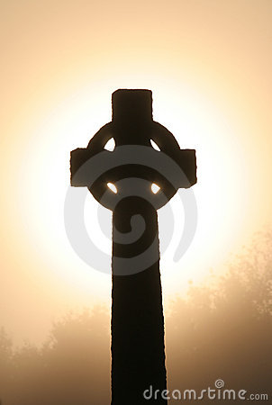 Free Celtic Cross At Dawm Royalty Free Stock Images - 277729