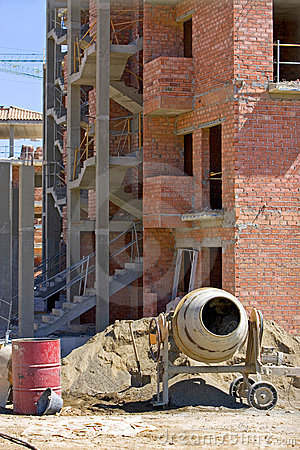 Free Cement Mixer Brick Building And Rubble On Spanish Building Site Stock Images - 375944