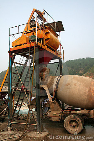 Cement mixing car
