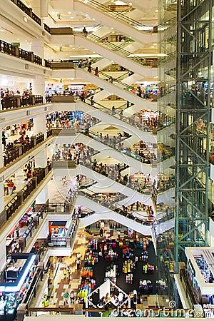 Centre commercial chez Kuala Lumpur Image stock éditorial