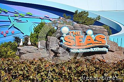 Centro de Disney Epcot y los mares Foto editorial