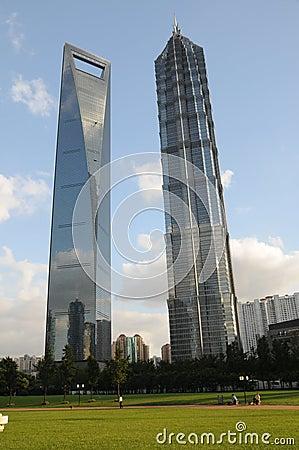 Centro financeiro de mundo de Shanghai e torre de Jinmao