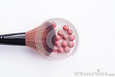 Cepillo y bola del maquillaje