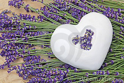 Ceramic heart and lavender
