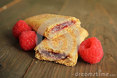 Cereal bar with raspberry