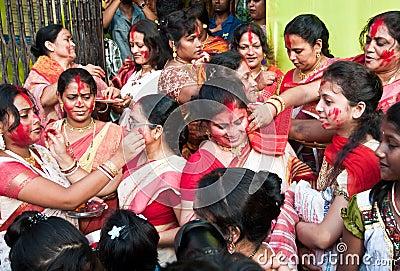 Ceremonia bermellona Imagen editorial